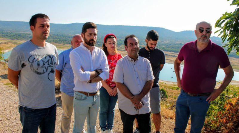 Izquierda Unida denuncia la alarmante situación de los municipios ribereños